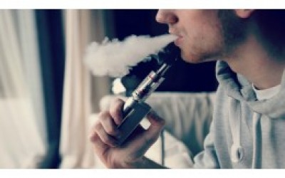 A great doctor demands the complete ban of cigarette and instead the use of the electronic cigarette